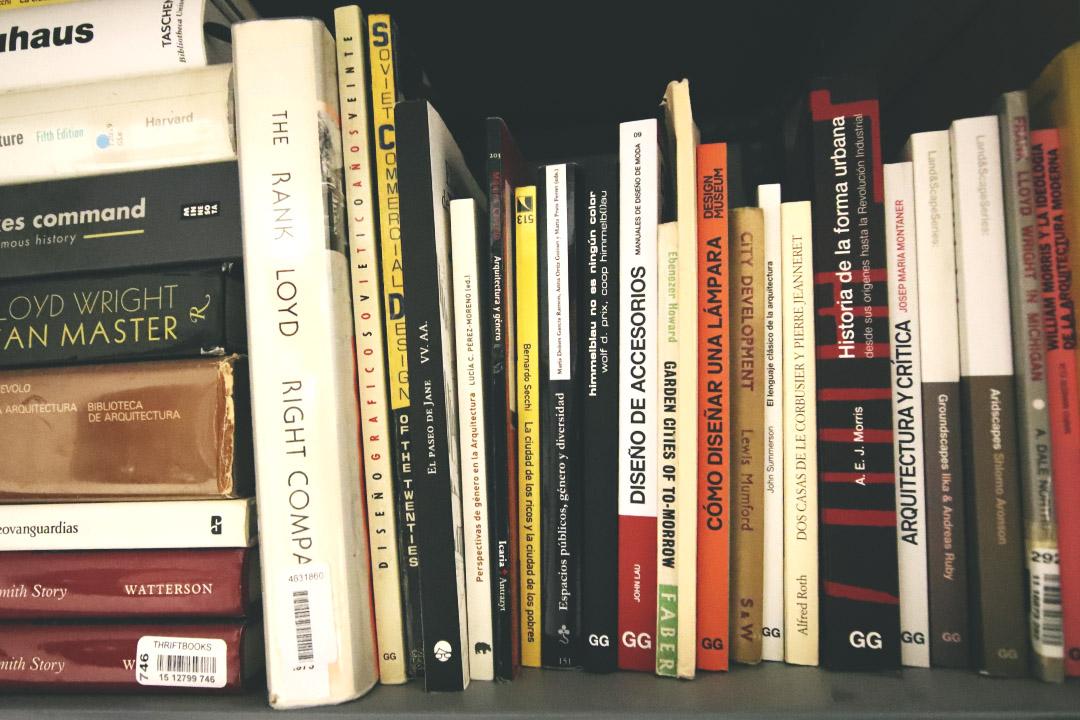 Cómo llevar un registro digital de tus libros en papel